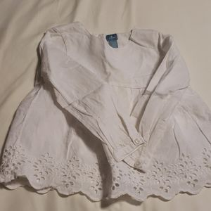 Beautiful white blouse for little girls.